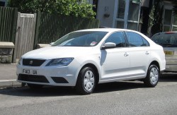 1024px-seat_toledo_(edition_skoda)_first_registered_2013